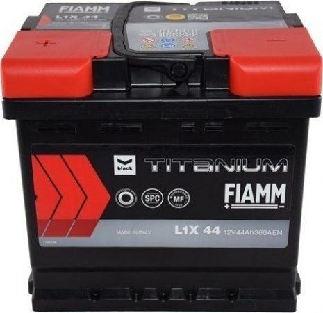 FIAMM black TITANIUM 44Ah 330A indítóakkumulátor