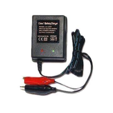 12V 0,5A akkumulátor gyorstöltő